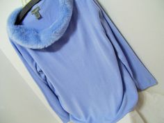 Powder Blue, Sweater, Fine Gauge, Faux Fur Collar, Size XL, Designers Originals, Winter, Resort Cruise Wear  Pristine Find – never worn – no flaws or issues to state  Details MARKED A SIZE XL==EXTRA LARGE  Bust approx 46  Total Length approx 26  Label Designers Originals Fabric 100% acrylic Care washable   PLEASE READ DETAILS AND MEASUREMENTS CAREFULLY. (DOUBLE CHECK THEM) CONTACT US WITH YOUR QUESTIONS/CONCERNS PRIOR TO PURCHASING. DONT HESITATE TO ASK FOR ANY ADDITIONAL MEASUREMENTS…