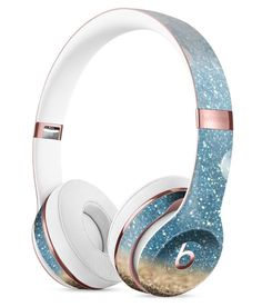 Turquoise Unfoced Glimmer DesignSkinz Full-Body Skin Kit for The Beats by Dre Solo 3 Wireless Headphones/Ultra-Thin/Matte Finished/Protective Skin Wrap Cute Headphones, Bluetooth Headphones, Beats Audio, Accessoires Iphone, Beats By Dre, Gaming Headset, Iphone Accessories, Cool Things To Buy, Mint