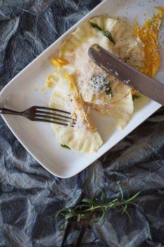 Herbstküche: Kürbis-Ravioli mit Butter-Zitronenverbene-Sauce