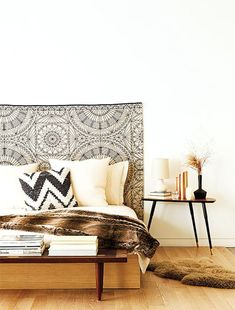 This headboard makes the bedroom perfect!