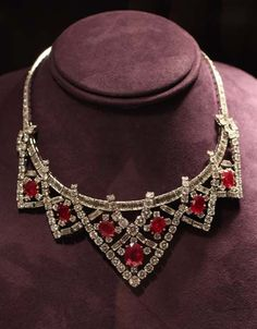 Elizabeth Taylor's Jewelry, A Pricescope Love Affair - Part One | PriceScope
