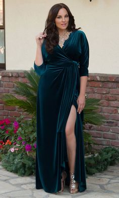 Go glam for the holidays in our luxurious plus size Velvet Luxe Wrap Dress. www… – Plus Size Fashion Plus Size Long Dresses, Plus Size Gowns, Trendy Dresses, Plus Size Outfits, Nice Dresses, Casual Dresses, Fashion Dresses, Velvet Dress Plus Size, Velvet Dress Formal