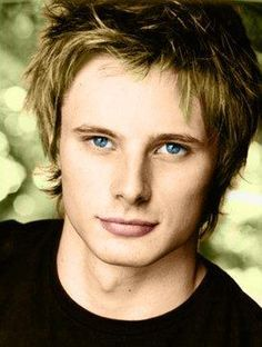 Bradley James *meltinginside*