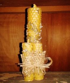 Herbed beeswax candle