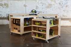 power+tool+storage+with+workspace+and+mobility