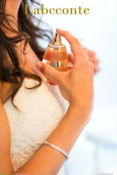 Si sientes que tu fragancia dura muy poco en tu piel y tienes que cargar con tu botella de perfume a todos lados,  Nosotros te damos los mejores Tips para que huelas rico por más tiempo.  A través del olor se generan muchísimas sensaciones, nos traen recuerdos y marca momentos de nuestra vida. De hecho hay varios expertos que mencionan que a través de estos ... Ver más https://www.facebook.com/LabcconteMexico/photos/a.517413648279986.108880.510021449019206/747117155309633/?type=1&theater