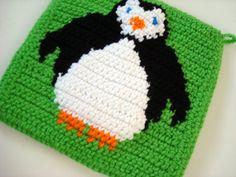 Adorable Penguin Pot Holder via Etsy