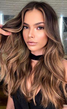 Highlights For Dark Brown Hair, Honey Brown Hair, Dark Roots Blonde Hair, Honey Blonde Hair, Light Brown Hair, Light Hair, Hair Highlights, Brown Layered Hair, Balayage Hair Caramel