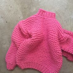 We have TWO pink Wool Boxy's left in xs/s! Email to order info@ilovemrmittens.com #theverylast #bigknits #pink #heartworking #knitwear #wool #australia #ilovemrmittens