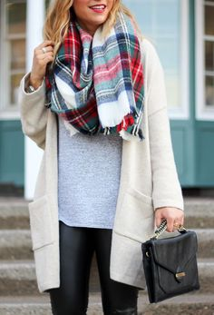 Cozy oversized cardigan from Gap and a plaid blanket scarf - Fall and winter outfit inspiration