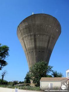 The Water Tower in Royan, France (Architect: Jean-Jacques Dartenuc, construction: 1959)