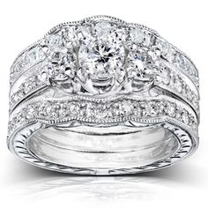 I WANT THIS!! @Overstock.com - Annello 14k White Gold 1 1/4ct TDW Diamond 3-piece Bridal Ring Set (H-I, I1-I2) - Round-cut diamond bridal ring set14-karat white gold jewelry Click here for ring sizing guide  http://www.overstock.com/Jewelry-Watches/Annello-14k-White-Gold-1-1-4ct-TDW-Diamond-3-piece-Bridal-Ring-Set-H-I-I1-I2/6698611/product.html?CID=214117 $1,886.99
