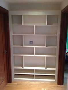 Fitted End Wall Bookshelf