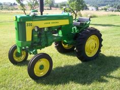 3108: 1959 John Deere 330 Standard Antique Tractor Rare : Lot 3108