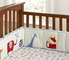 like the little jungle friends-being not so traditional and colorful but neutral still. Cot Bed Bumper, Bed Bumpers, Nursery Themes, Nursery Ideas, Nursery Bedding, Baby Room, Cribs, Color Schemes, Kids Room
