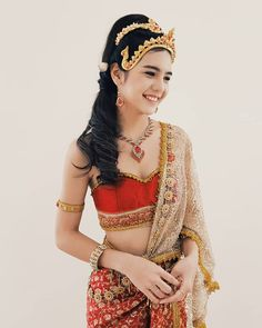 Traditional Thai Clothing, Traditional Fashion, Traditional Dresses, Thailand Costume, Thai Wedding Dress, Thai Dress, Blackpink Fashion, Beautiful Asian Women, Asian Woman