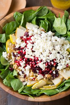 Pear, Pomegranate and Spinach Salad - Cooking Classy - Salad Recipes Healthy Recipes, Healthy Dishes, Salad Recipes, Vegetarian Recipes, Healthy Eating, Cooking Recipes, Clean Eating, Savory Salads, Taco Salads