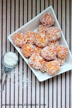 Pumpkin Jam: LUUKKU 13: Kookospallot porkkanasta