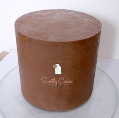 four layer delight ~ four layer delight . four layer delight recipe . four layer delight dessert . four layer delight graham crackers Birthday Cake For Cat, Birthday Cakes For Women, Chocolate Drip Cake, Chocolate Lovers, Drip Cakes, Four Layer Delight, Sweetly Cake, Parfait, Ganache Cake