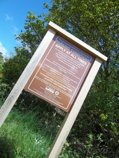 Bring information to life with engaging interpretation displays which blend with the natural environment. Environmental Signs, Kiosk, Exterior Design, Signage, How To Apply, Display, Natural, Inspiration, Life