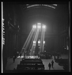 The amazing light at Chicago Union Station resulted from an air raid precaution during WW2