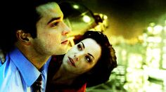 Clark only flies with Lois! Clark Kent Lois Lane, Famous Superheroes, Superhero Tv Shows, Erica Durance, Superman And Lois Lane, Lucky Star, Smallville, Falling Down, Image Sharing