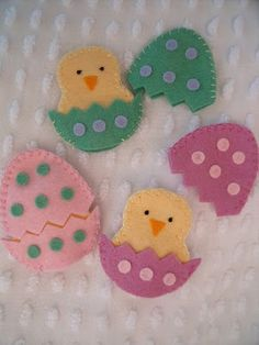 Easter-craft ideas-Felt hatching chicks