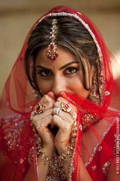 ♥ bride ♥ bangles ♥ Indian ♥ fusion ♥ wedding ♥ dress ♥ bridal makeup ♥ jewellery ♥ tikka ♥ headpiece ♥ red ♥ mehndi ♥ henna ♥
