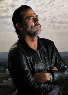 Jeffrey Dean Morgan photographed by Robert Hanashiro for USA Today