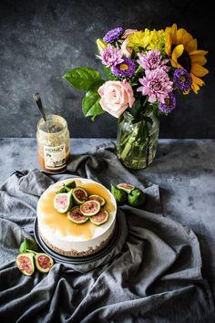 Coconut Cheesecake (Vegan - Change honey for agave)
