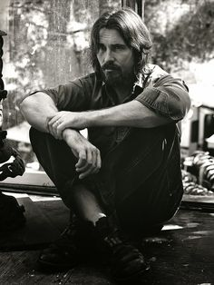 Christian Bale by Mikael Jansson - WSJ Magazine December 2014 Christian Bale, Photo Hacks, Wsj Magazine, Fashion Tape, Men's Fashion, Looks Black, George Clooney, British Actors, British Celebrities