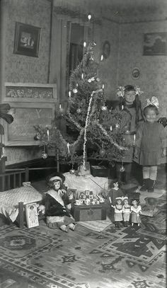 Christmas smiles 1912... they were so content on receiving so very little. What a special time!