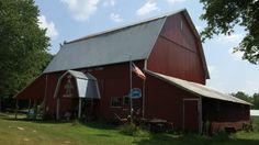 Orchard Hill Farm Market, Caledonia, Michigan. Visit upickfarmlocator.com to find more U-Pick Farms near you. #farmmarket #caledoniamichigan