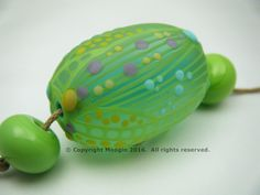 Moogin Beads-  Oval focal bead set , etched lampwork / glass   - SRA by mooginmindy on Etsy