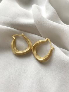 Mat Gold filled with sterling silver Wavy Hoop Earrings /Minimalist, Gift for her Gold Hoop Earrings, Gold Hoops, Gifts For Your Girlfriend, Gifts For Her, Minimalist Earrings, Heart Ring, Delicate, Sterling Silver, Stuff To Buy