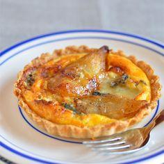 Tartelettes aux poires et au roquefort