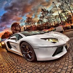 Hot, Hot, Hot #Lamborghini Aventador