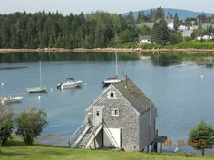 Waterfront cottages and RV sites on Henry Cove, Schoodic Peninsula, Acadia National Park, Winter Harbor, Maine. Maine RV sites are next door to Bar Harbor Ferry terminal and walking distance to restaurants, post office, bank and stores.