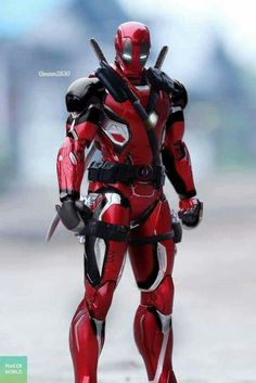 IronPool Deadpool Iron Man mashup This would be the best. But I have a feeling if Deadpool joined the Avengers universe, then he wouldn't be siding with Stark. So it wouldn't be Stark designing his gear.
