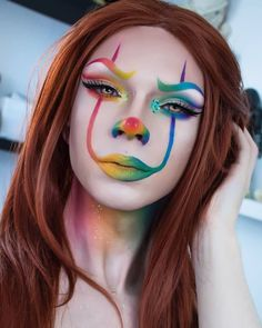 🌈🎈 Rainbow Pennywise 🎈🌈 Another one from this look, I'll try doing a new make-up look within the next few days guys. I'm just not feeling… Clown Makeup, Scary Makeup, Makeup Looks, Sfx Makeup, Rainbow Face Paint, Clown Face Paint, Scary Clown Halloween Costume, Halloween Face Makeup, Halloween 2017