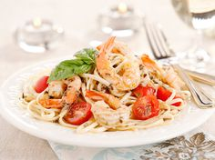 Shrimp with Garlic Pesto Pasta