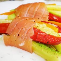 Farcells de verdures al vapor amb salmó fumat Lekue