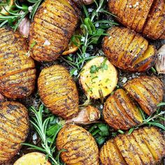 I saw these #taters and followed by muahaha! = life if you ask me! These mouth-watering Spicy Hasselback Potatoes were created by @happyskinkitchen . INGREDIENTS 8-10 small to medium size #potatoes 1 lemon 6 #garlic cloves (with the skin) A good glug of olive oil 1 teaspoon of #turmeric powder 1 teaspoon of smoked paprika 1 tablespoon of Love Arctic Sea Buckthorn powder 2-3 stems of fresh #rosemary 1/3 cup of fresh chives finely chopped Salt & pepper to taste . INSTRUCTIONS Start by…