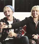 he laughed so hard that he cried and his fae was as red as a tomato!!! haha (: haha u love R5!