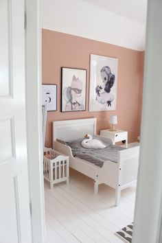 Välkommen in till Cèline Big Girl Rooms, Girls Bedroom, Room Inspiration, Baby Room, Celine, Kids Room, Toddler Bed, Nursery, Room Decor