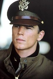 Josh Hartnett in Pearl Harbour