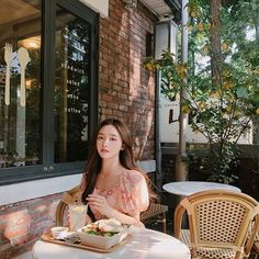 🌸We are KIM NAHEE FANPAGE sur Instagram: 🌸Nahee Update Instagram : Cr #knhs2 #love #me #happy #beautiful #kimnahee #김나희 #style #girl #cute #modelkorea #kimnaheefanpage #얼짱… Pretty Korean Girls, Cute Korean Girl, Pretty Asian, Korean Beauty Routine, Korean Beauty Tips, Asian Beauty, Mode Ulzzang, Ulzzang Korean Girl, Korean Girl Fashion