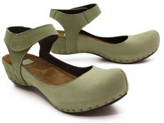 Vialis Olivia (5213) Very artsy clogs-Mary janes