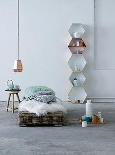 Mintgroene accessoires in de slaapkamer | Mint green accessories in the bedroom | Bloomingville