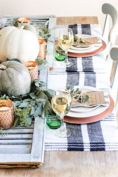 Green and Copper Thanksgiving Tablescape + Printable - Blessu0027er House & 16 Beautifully Simple Thanksgiving Table Setting Ideas | Pinterest ...